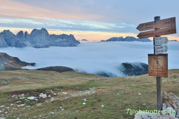 Abend auf dem Schlern: Südtirol liegt irgendwo da unten
