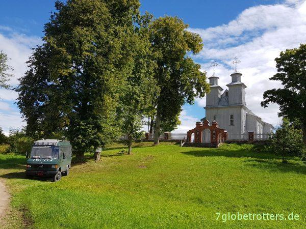 Lettland, Katholische Holzkirche Berzgale von 1750