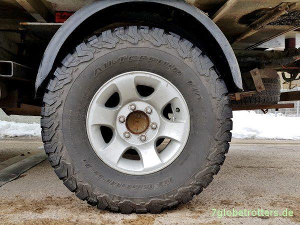 Expeditionsmobil unter 3.5 Tonnen: Mitsubishi L300 Allrad mit Alkovenkabine auf Asienreise