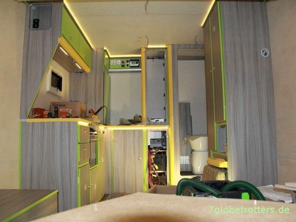 Möbelbau im Expeditionsmobil: Schrankplatten