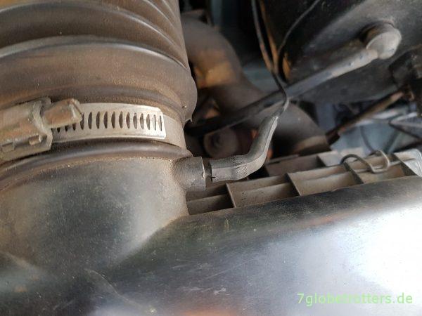Luftfilterkasten der Unterdruckanlage Mercedes T2-LN1 Baumuster 669 prüfen (6)