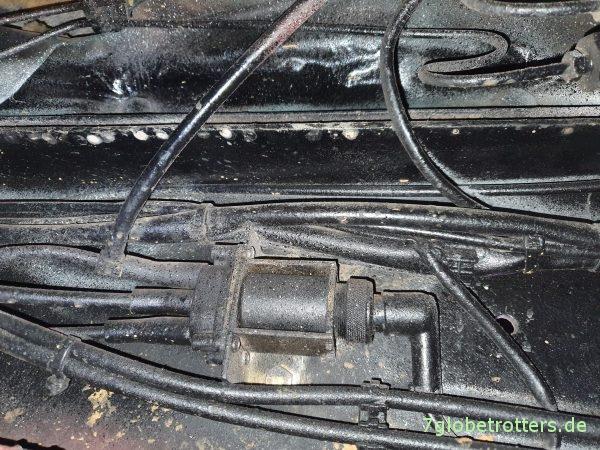 Unterdruckanlage am T2N, Position Magnetzylinder