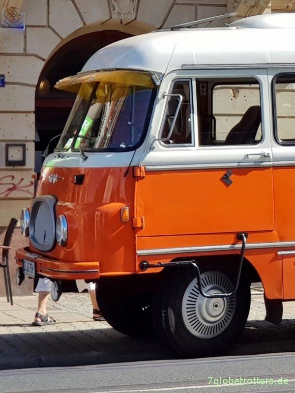 IFA Robur LO 2500 B21 Bus aus 1968 mit Karpfenmaul