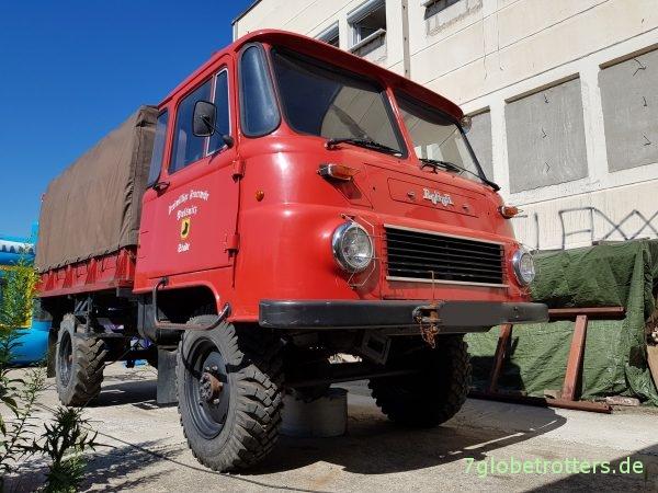 Robur LO 2002 A LF 8 Löschfahrzeug