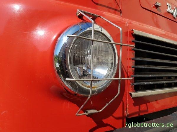 Robur LO 2002 A Scheinwerfer der Feuerwehr
