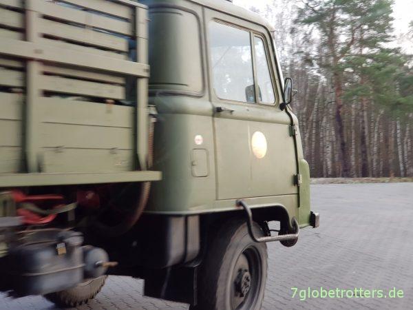 Robur LO 2002 A der NVA Plane Pritsche