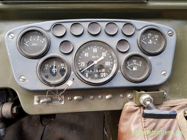 GAZ-66 Allrad, Armaturenbrett