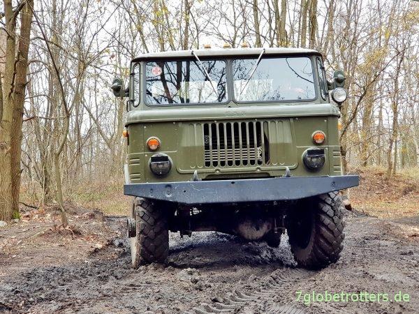 GAZ-66 Schischiga mit Allrad und kippbarem Fahrerhaus