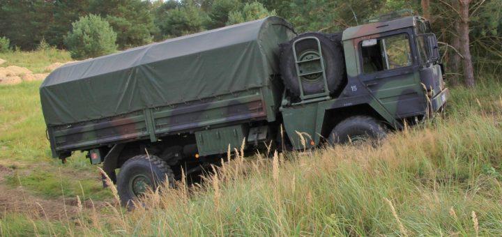 MAN KAT1 4x4 5 t mil glw, Bundeswehr mit Plane Pritsche