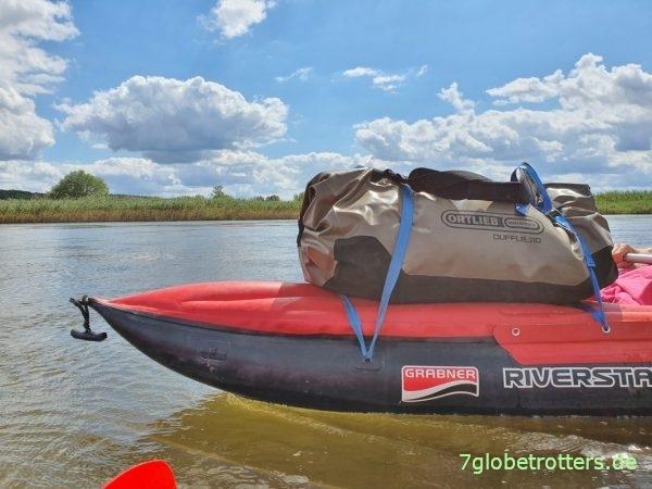 Ausrüstung und Packliste beim Wasserwandern, Ortlieb Duffle auf dem Riverstar