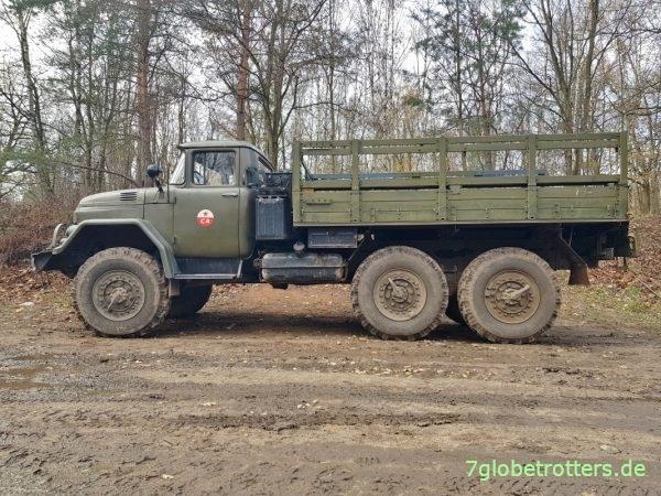Militärmodell ZIL-131 6x6