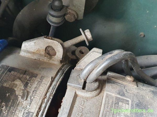 Brennerkopf der Webasto Dieselheizung zur Wartung demontieren