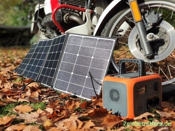 Aufladen der Akkubox mit einem faltbaren Solarpanel