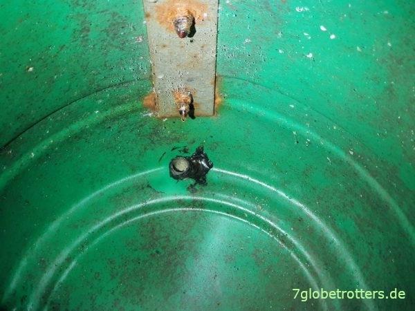 Wohnmobil einwintern, Kondenswasser und Rost im Abwassertank