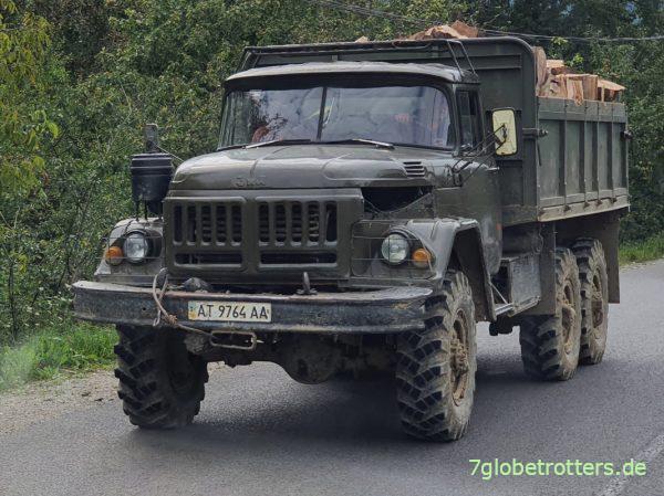 ZIL-131 6x6 in den Ukrainischen Karpaten