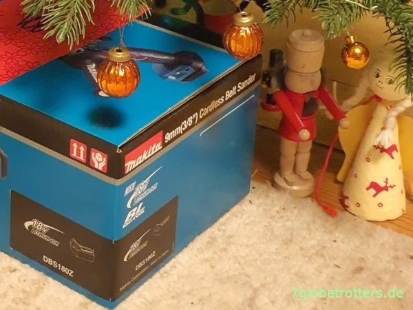 Makita Bandfeile unterm Weihnachtsbaum