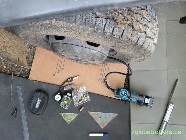 Test der Anpassung des Reifendrucks mit Ablassventilen und Makita Akku-Kompressor