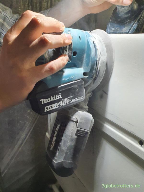 Makita Akku-Exzenterschleifer 18V-125 mm in einhändiger Bedienung