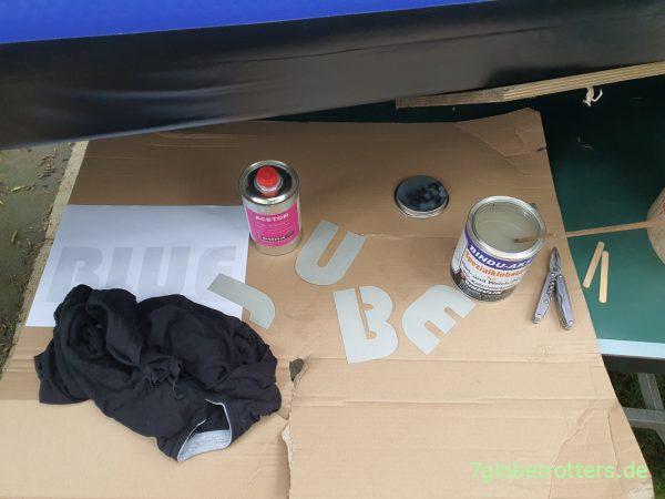 LKW-Plane mit Bindulin PVC-Kleber aufs Schlauchbootkleben