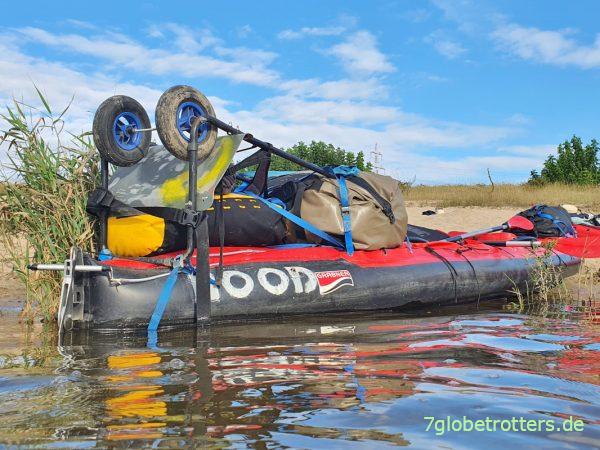 Schlauchboot-Kleber im Test: Welches Luftkajak womit flicken?