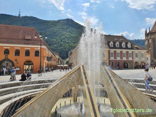 Marktplatz und Hausberg von Brașov / Kronstadt
