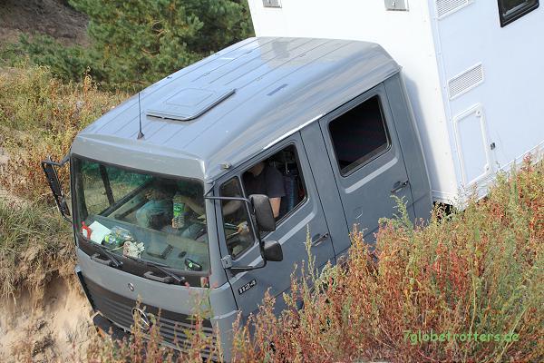 Expeditionsmobil offroad: Nervenkitzel für den Vater und die Kids mit dem MB 1124 AF